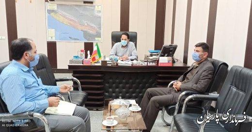 مهندس رضاپور فرماندار پارسیان از اجرای طرح هر کارمند حامی یک فرزند معنوی در شهرستان پارسیان خبر داد